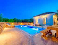 Vacation villa Ftelia in Zakynthos for holidays