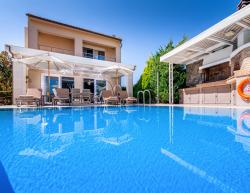 Vacation villa Penelope in Crete for holidays